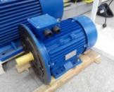 3-х фазный асинхронный электродвигатель АИР 90 LА8-0,75 кВт