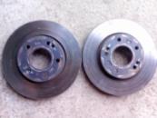 Тормозные диски на hyundai elantra 200 гр. пара отличное состояние пробег 35 тыс.