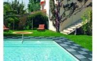 Резиновое напольное покрытие для бассейнов