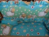 Постельный комплект в кроватку