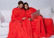 Махровые пледы с рукавами для двоих Красный