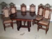 Стіл+6 крісел.