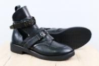 Женские ботинки, кожаные, черные, на ремнях, на байке