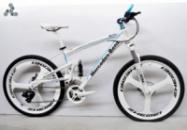 Элитный Велосипед Mercedes M3 White на литых дисках