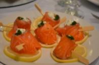 Красная рыба с оливками