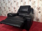 Большое кожаное кресло реклайнер из Германии