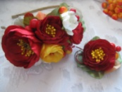 комплект обруч и брошка бордовые цветы композиция