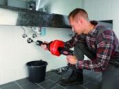 Прочистка труб внутренней и внешней канализации механическим методоме