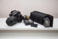 Nikon D5000 kit объектив 18-55 мм.