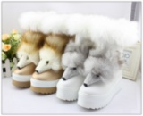 Зимние женские сапоги