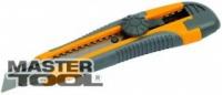 Нож 18 мм TPR покрытие с металлической направляющей винтовой замок + 2 лезвия MasterTool 17-0118