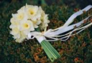 Букеты невесты из нарциссов