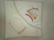Махровое полотенце с уголком и рукавичкой