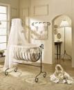Какая кроватка лучше для новорожденного