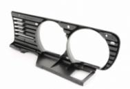 Решетка радиатора левя BMW E30