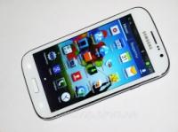 Samsung GT-I9082L - 2Sim +5''Экран+1Gb Rom+Android