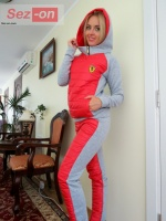 Костюм спортивный женский с плащевкой на синтепоне - Красный escape:'html'