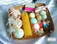 Подарочный набор натуральной косметики «Вкусное настроение», подарок на день рождения