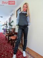 Костюм спортивный женский с плащевкой на синтепоне - Черный|escape:'html'
