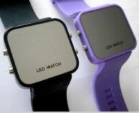 Часы светодиодные LED
