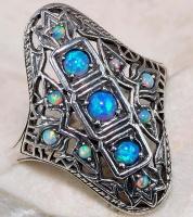 -30% Серебряное кольцо с опалами в эдвардианском стиле