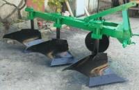 Плуг ПБЛ 3-35 на высоких стойках с полувинтовыми отвалами|escape:'html'