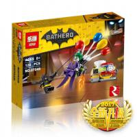 Конструктор Lepin «Побег Джокера на воздушном шаре»  124 дет.