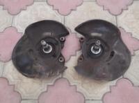 Передняя ЛЕВАЯ цапфа, поворотный кулак Мерседес W124
