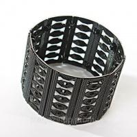 [45 мм] Браслет Таинства черный металл матовый на резинке со стразами широкий Код:368127907