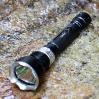 Подводный фонарь копия MagicShine MJ-810. Желтый свет. Диод U2.|escape:'html'