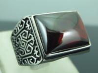 Серебряный перстень 925 проба ГРАНАТ, чернение размер 22.25|escape:'html'