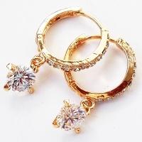 Серьги кольца с кристаллами. Ювелирная бижутерия, позолота 18К.|escape:'html'