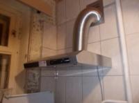 Установка вытяжек в Днепропетровске.вытяжка на кухне.«муж на час» Днепропетровск