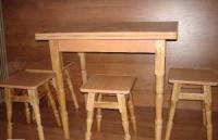 Кухонный стол (раскладной)+4 табурета «Точёные ножки»