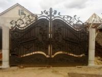 Художественная ковка, металлоизделия, ворота, козырьки, заборы, киоски, лестницы, перила, решётки, киоски, оградки,|escape:'html'