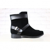 Демисезонные ботинки, черные, из натуральной замши, с кожаными пряжками, без каблука