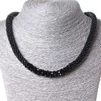 Ожерелье черного цвета из бисера со вставкой из глянцевых бусинок Код:574792799