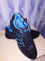 Мужские кроссовки размер 45 стелька 28,5см отличная цена