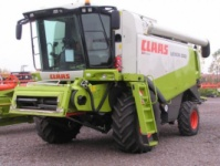 Комбайн зерноуборочный CLAAS LEXION 550 escape:'html'