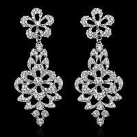 Серьги «Chanel» покрытие серебро с кристаллами swarovski escape:'html'
