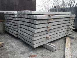 Столбы бетонные под сетку рабицу, виноградные столбы