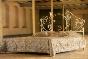 Кованая кровать «Ванесса«