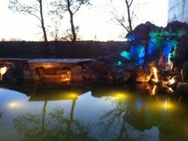 Установка подсветки для прудов, бассейнов, фонтанов