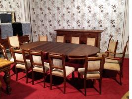 Большой набор мебели в столовою на 12 персон с комодом из натурального дуба