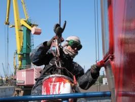 Нанесение краски на металлоконструкции