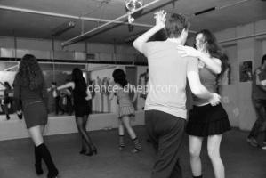 Танцы сальса  стрип-пластика фитнес Днепропетровск dance-dnepr.com go-go гоу-гоу 90-60-90 Hip-Hop для детей