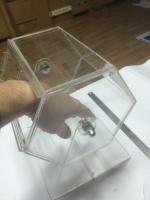 Лототроны, ящики пожертвований, монетницы, изделия из пластика