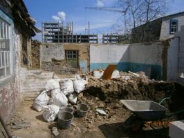 Демонтаж старого дома или постройки