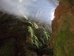 Через каньоны, пещеры и плоскогорья.