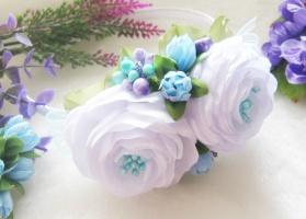 обруч школьный бело-голубые цветы